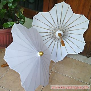 Payung hias untuk wedding