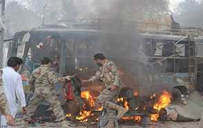 blast-in-pakistan-7-died