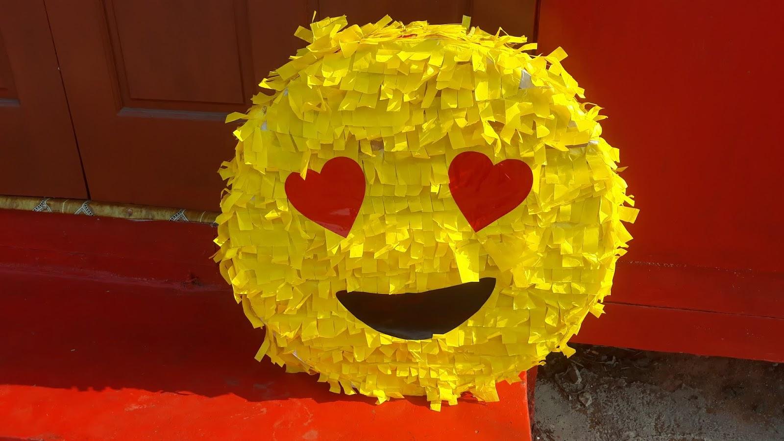 Tutorial Diy Emoji Piñata