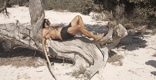 Ο Ροβινσώνας «Κρουσάκης» της νήσου Χρυσή.Το ''μουγκρί'' της Κρητης!