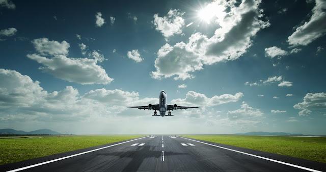 9 πράγματα που μπορείς να ζητήσεις δωρεάν στο αεροπλάνο αλλά σίγουρα δεν τα ήξερες!