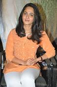 Anushka at Singham 2 Pressmeet-thumbnail-1