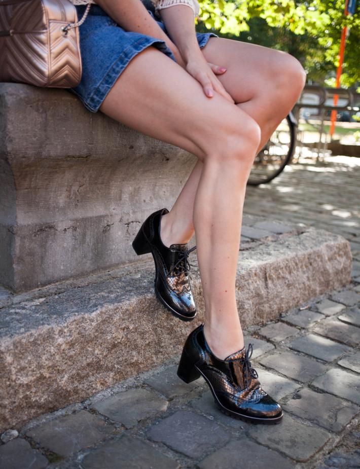 chunky heeled brogues