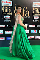 Manjusha in Beautiful Sleeveless Green Anarkali dress at IIFA Utsavam Awards 12.JPG