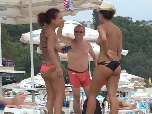 Beach voyeur - Beautiful topless girls on the beach (NudeBeach ch15021-15028)