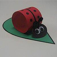 Idea to make ladybug from toilet roll paper for kids