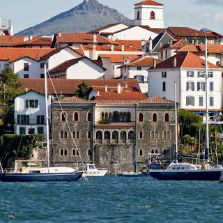 Villa Mauresque et Hendaye en second plan. Source : inconnue