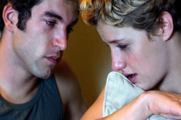 Pareja enfrentando una infidelidad