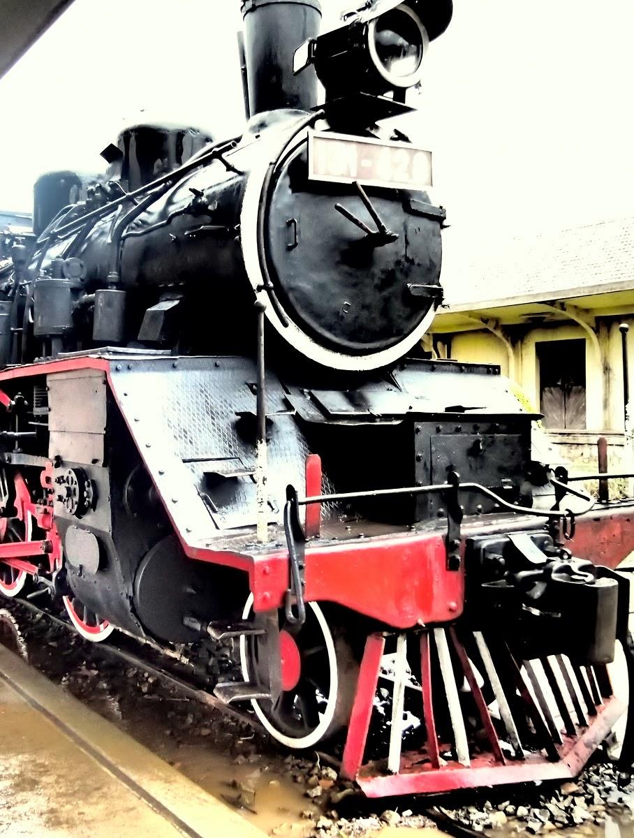 Travelholic Models At Dalat Train Station Vietnam
