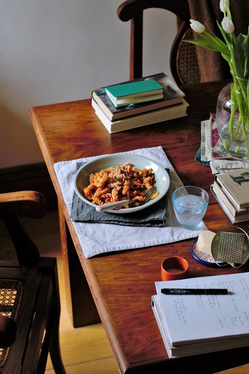 Books and pasta   № 6 reading list · Lisa Hjalt