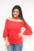 shriya sharma latest glam pics-thumbnail-3