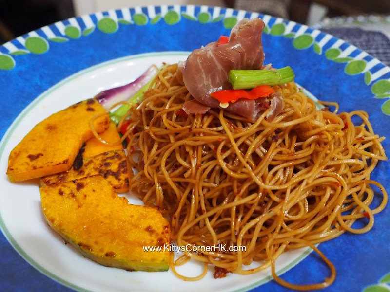 Pan-fried Chinese noodle recipe 中式炒幼蛋麵自家食譜