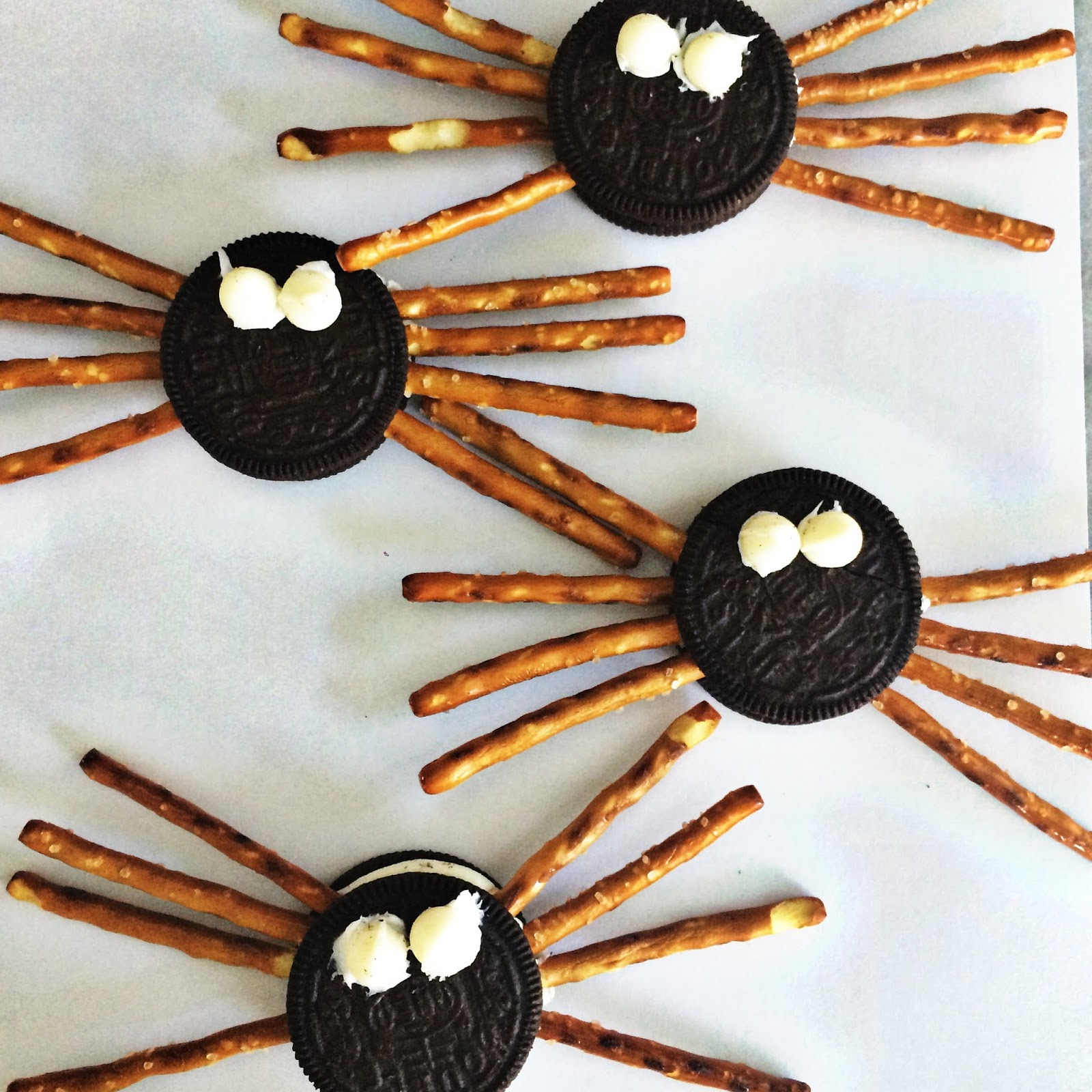 Easy Halloween Snacks.Last Minute Easy Halloween Treats The Chirping Moms