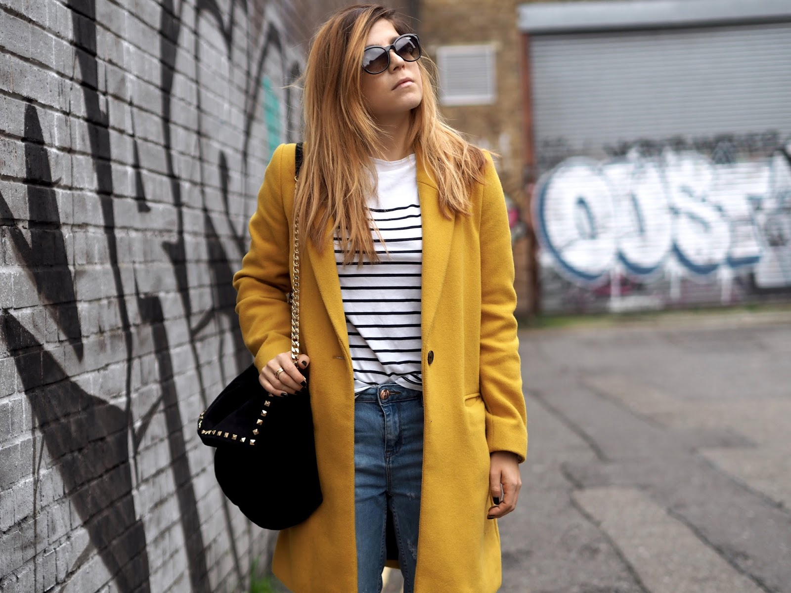 LONDON / OUTFIT 7