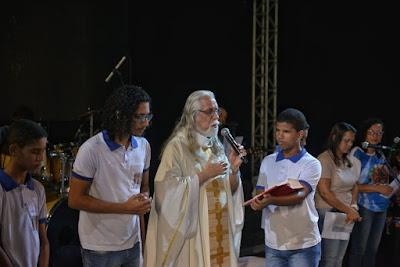 São João de Santo Antônio de Jesus abre com missa