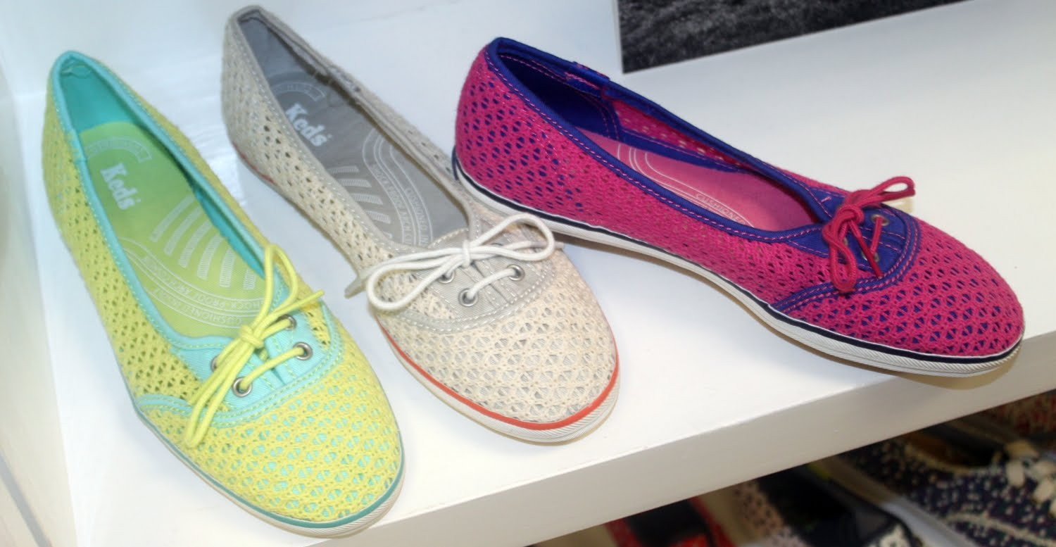 Shoe Of The Day Keds Too Cute Crochet Slip Ons Shoeography