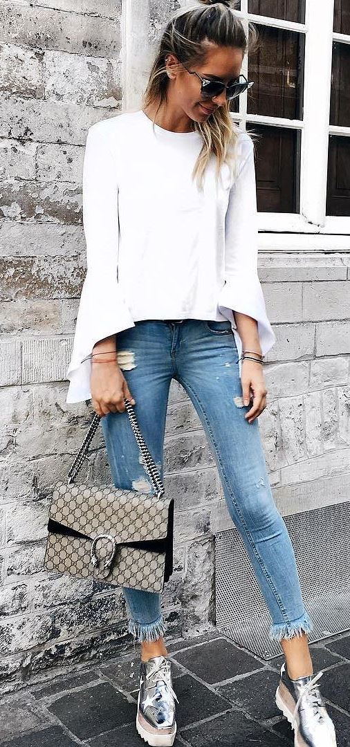 casual style obsession: white top + rips + bag