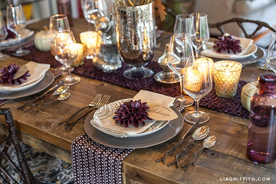 Table Settings for Thanksgiving - Featured
