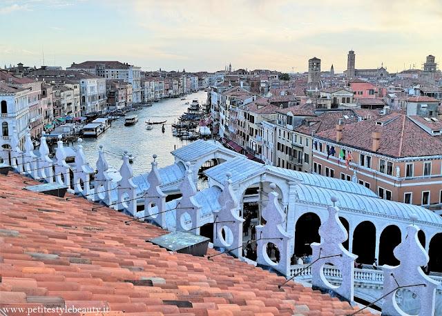 Un viaggio in solitaria alla scoperta di Venezia, tra i vicoli stretti, i canali, un tour delle isole e la Basilica vista di notte. #femalesolotravel #italiantraveller #travelingitaly #livitalytours #iliveitaly #travelblog #travelblogger #triptovenice #veneziaamaggio #veneziainprimavera #viaggioavenezia #venezia2019