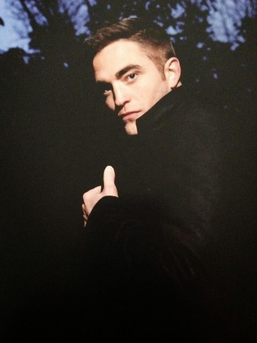 975d0b7d2dc0 FOREVER.  Nuove foto di Robert Pattinson per Dior dal libro 1000 ...