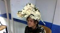 Γυναίκα μπέρδεψε τον αφρό για τα μαλλιά με την πολυουρεθάνη και ιδού τα αποτελέσματα