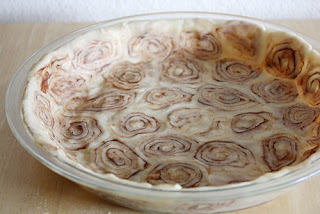 http://www.tablespoon.com/recipes/sweet-potato-pie-with-a-cinnamon-roll-crust/a0781ce0-7603-44eb-98d1-2580edeccb1c