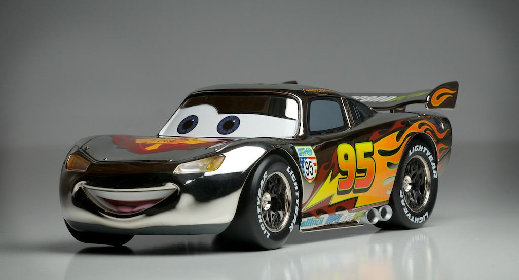 Does Lightning Mcqueen Die In Cars