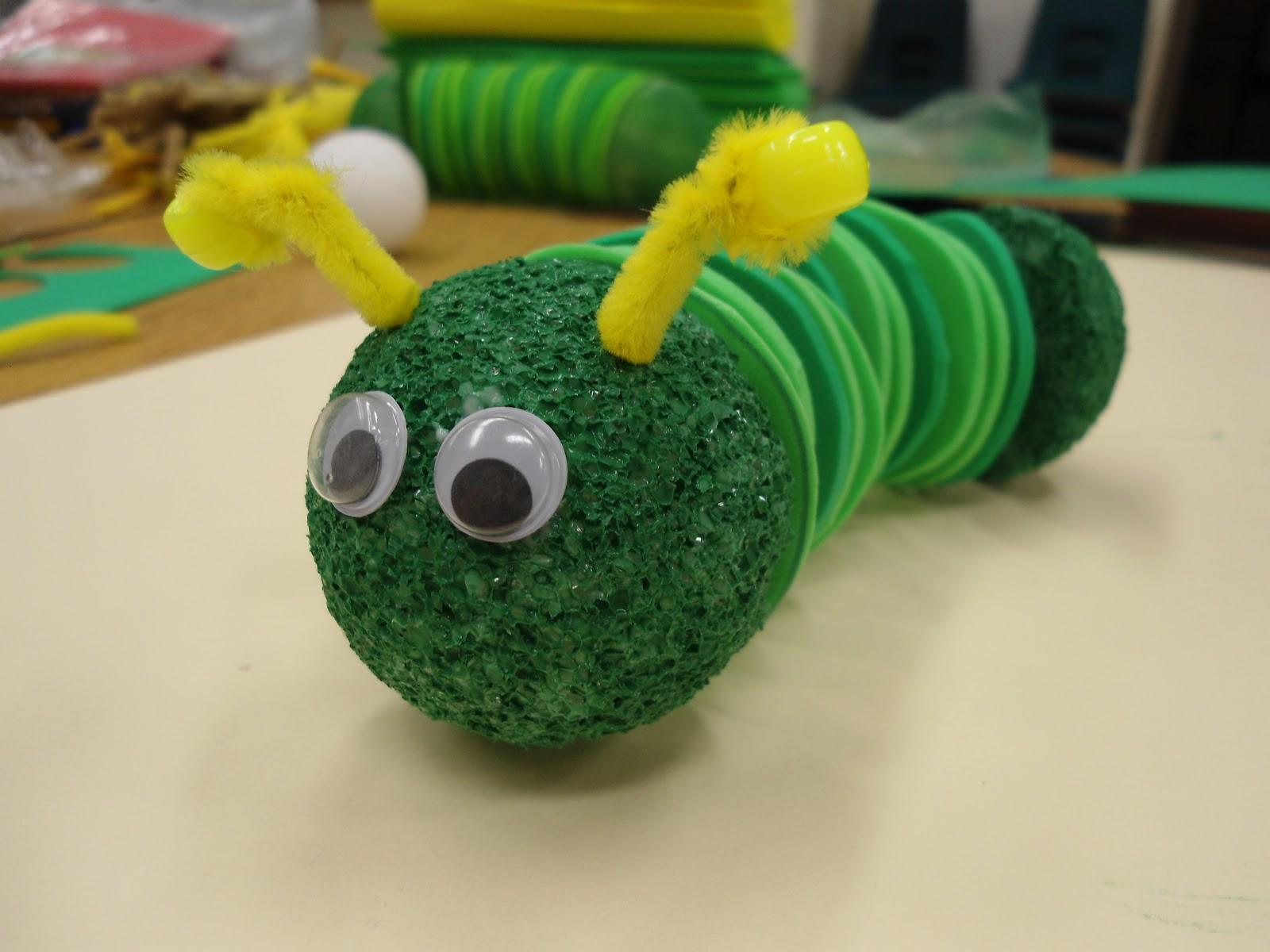 miss minor 39 s munchkins caterpillar craft. Black Bedroom Furniture Sets. Home Design Ideas