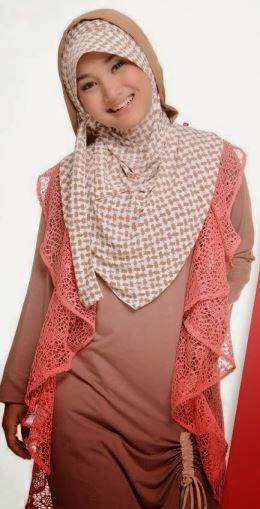 Baju Muslim Terbaru Untuk wanita Remaja