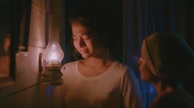 Putri Marino dalam adegan pada Film Jelita Sejuba