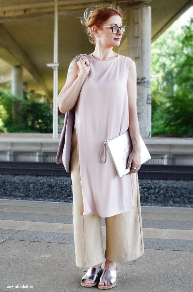 Sommer Outfit in Pastell Tönen aus leichten Stoffen, Ü40 Look