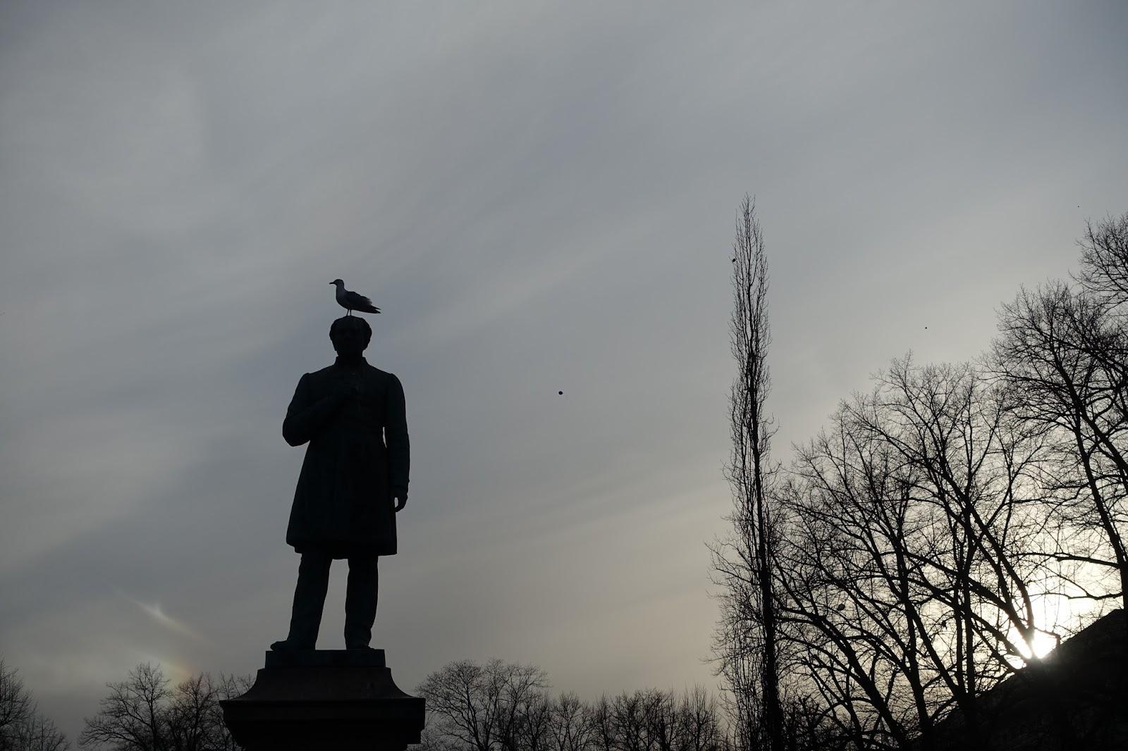ヨハン・ルードビヒ・ルーネベリの像(Johan Ludvig Runeberg)