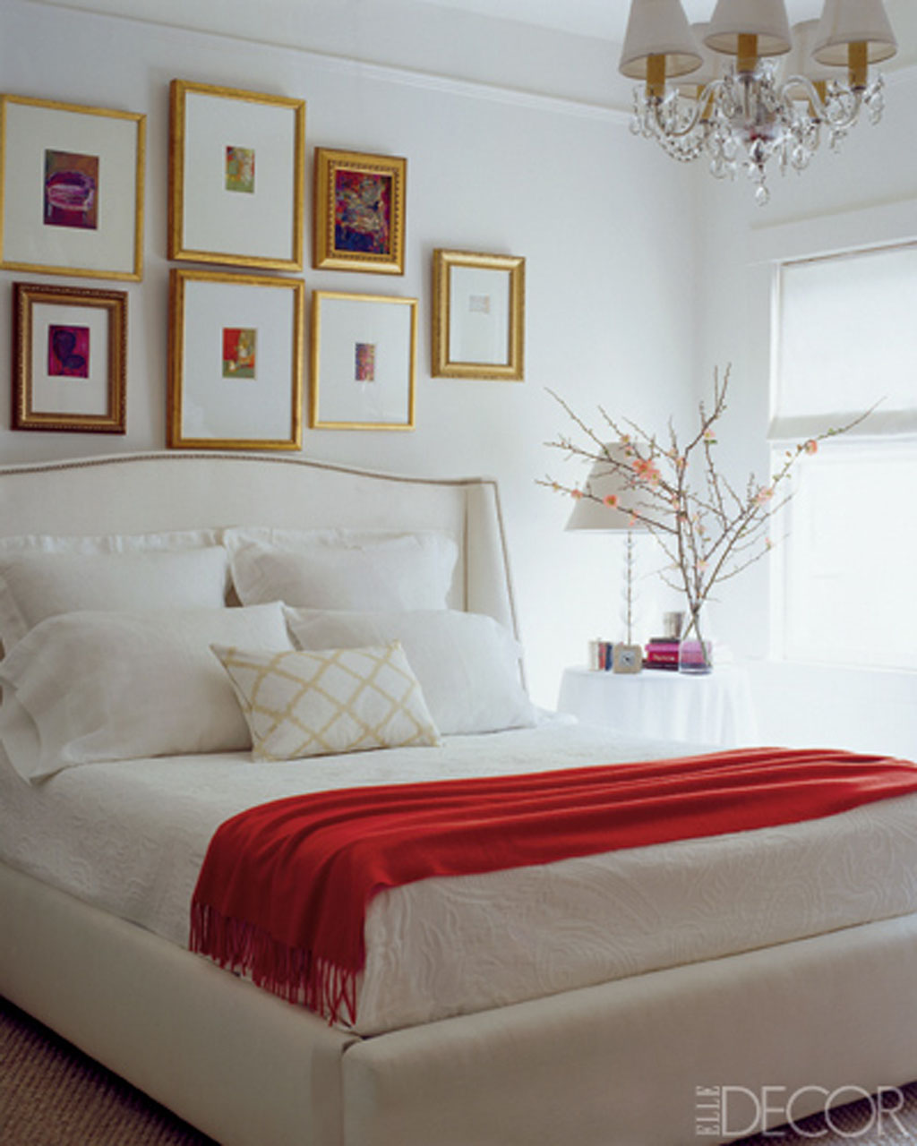 White Lounge Decor Ideas: Black White And Red Bedroom Ideas