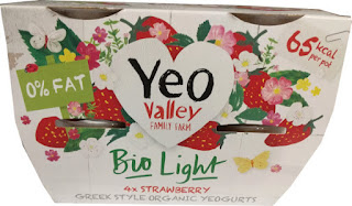 Yeo Valley Bio Light Organic Strawberry yogurt