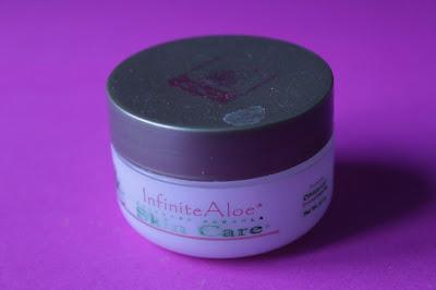 Questa è un'immagine della minisize di crema Infinite Aloe di Skin Care