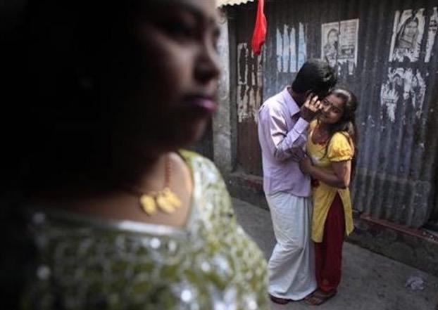 Kehidupan Menyedihkan Pelacur Kanak-Kanak Di Bangladesh