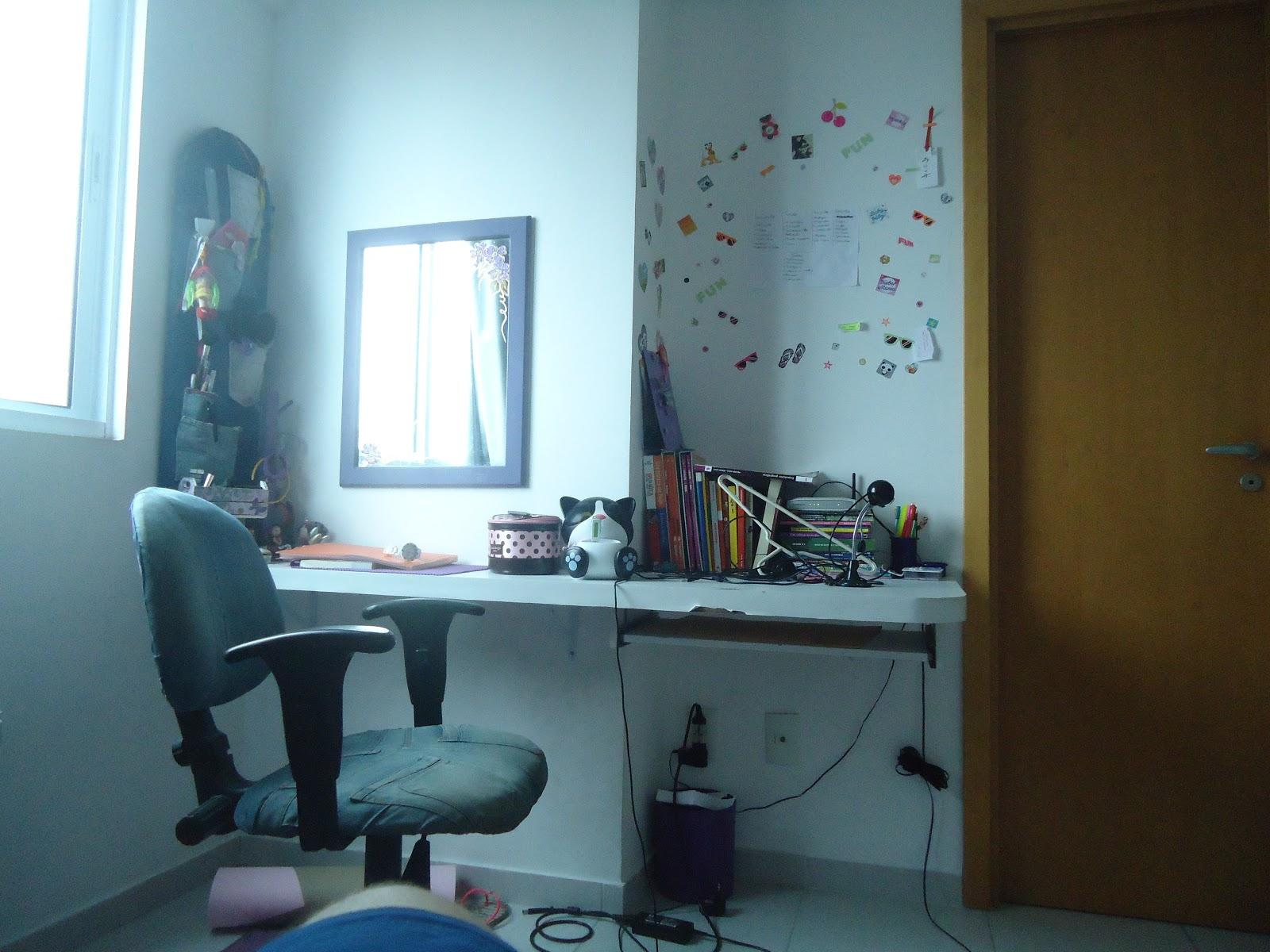 Lar de Arteira: Bancada de estudo e penteadeira #238DA8 1600x1200