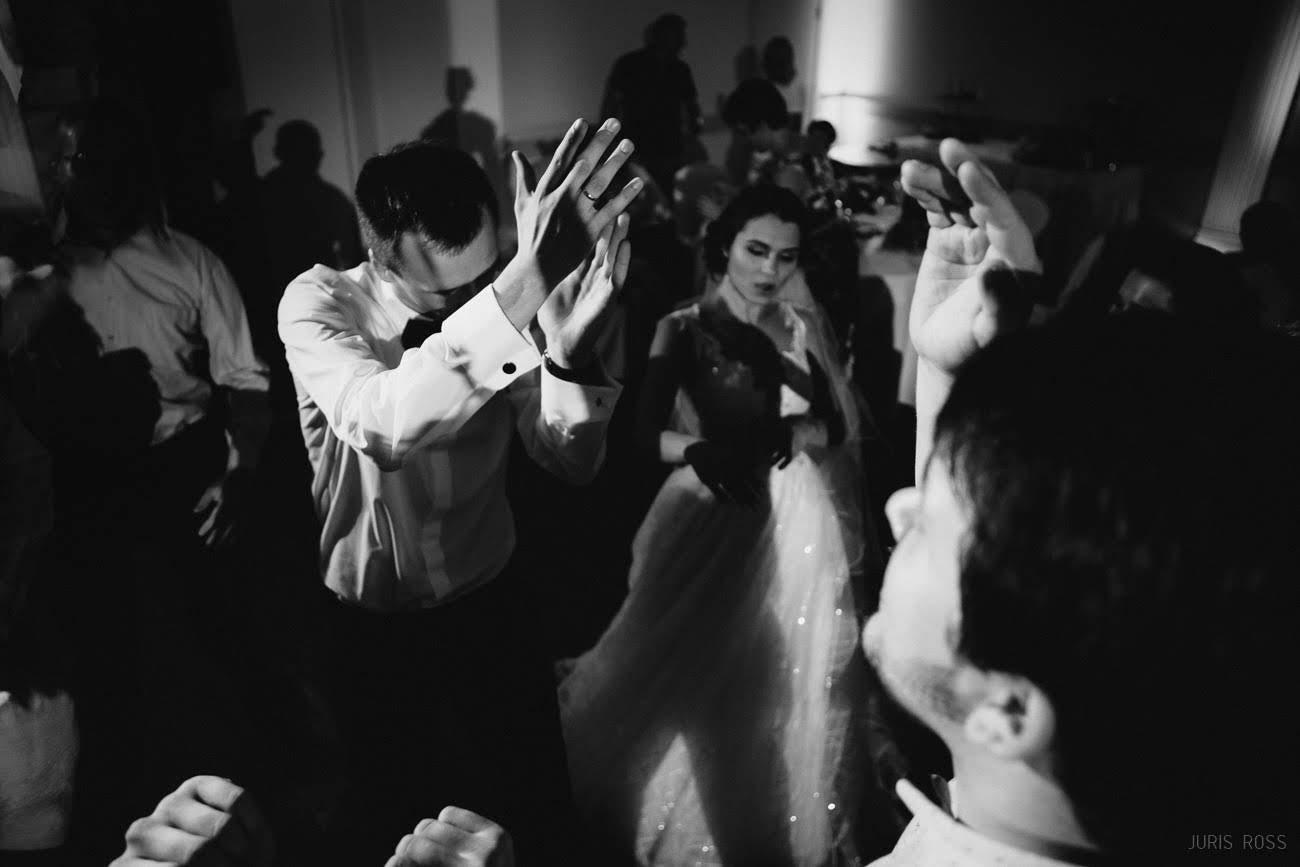 kāzu svinības dejas bankets