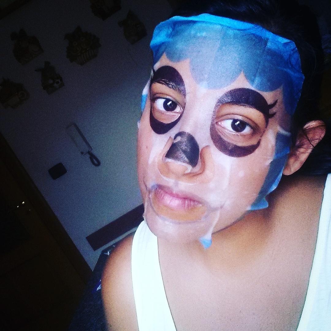 Come togliere i posti infiammati da una faccia