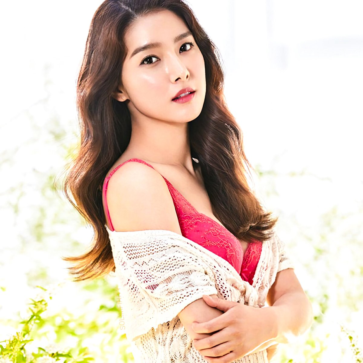 Dating Korean Women: Whatever You Want To Discover