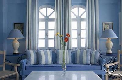 Interior Ruang Tamu Berwarna Biru Yang Cerah