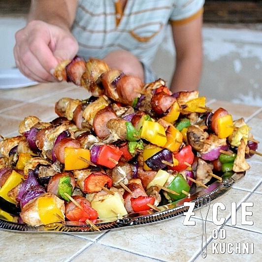 szaszlyki, szaszlyki drobiowe, najlepsze szaszlyki, jak grillowac, co na grill, pomysly na grill, grillujemy, majowka, weekend, blog, wiosna, zycie od kuchni