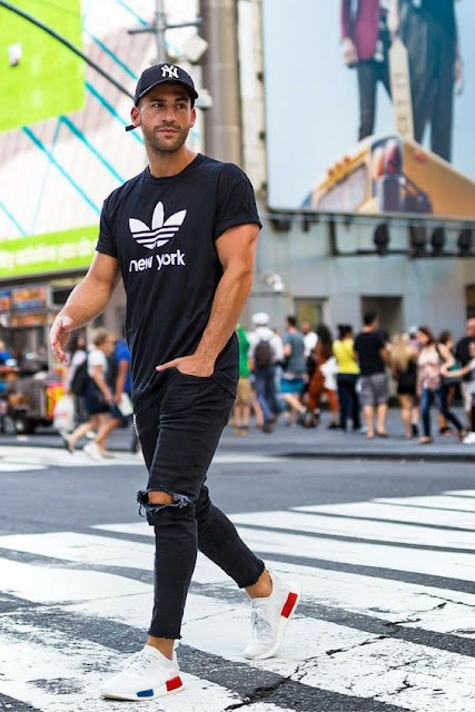 Look masculino com calça cropped masculina jeans preta (1)