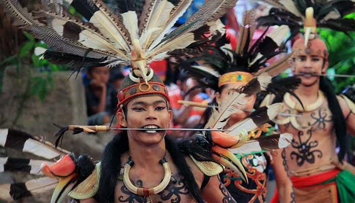 Tari Kinyah Mandau, Tarian Tradisional Dari Kalimantan Tengah