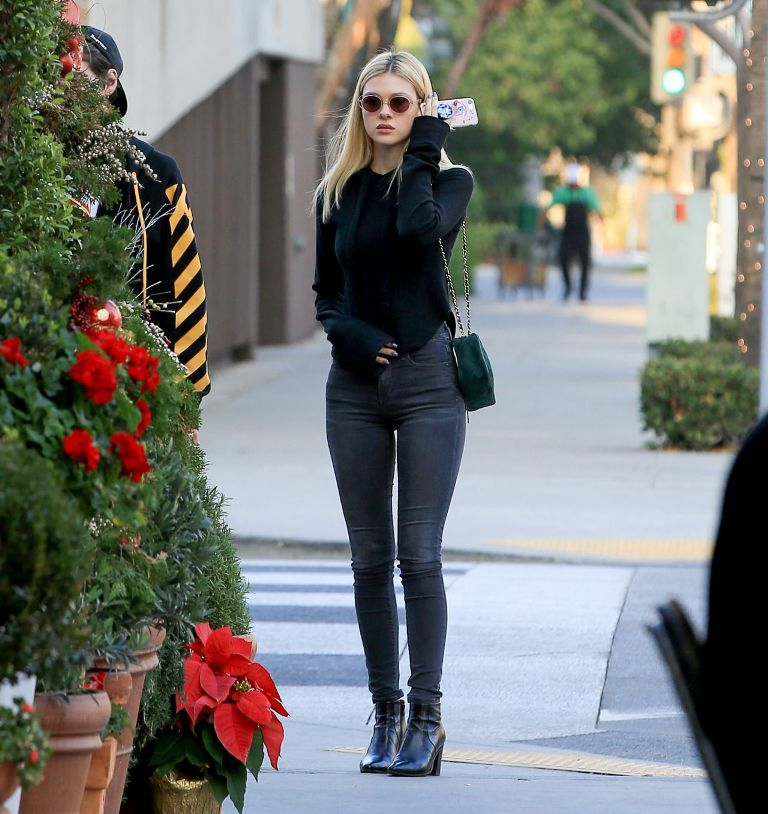 Nicola Peltz Casual Style Out for Lunch in Beverly Hills