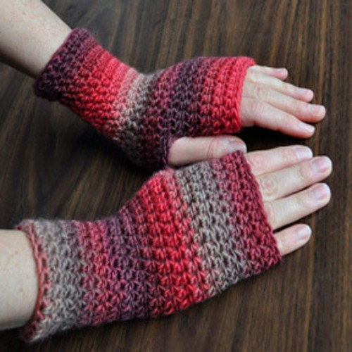 Everyday Fingerless Gloves - Free Pattern