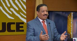 Junta Central Electoral advierte a los candidatos que deben cumplir requisitos