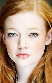 Sarah Snook Height - How Tall