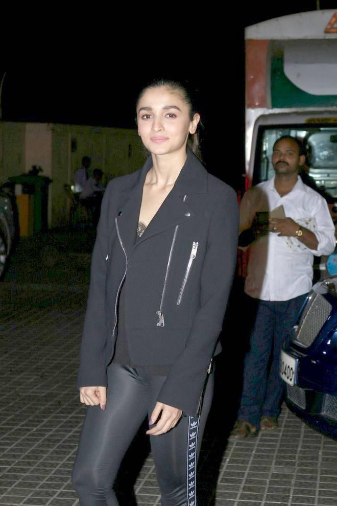 Actress Alia Bhatt Stills At Movie Special Screening