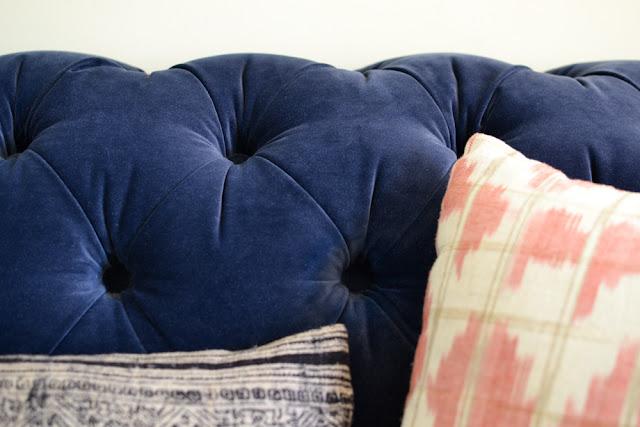 Sofa throw cushions